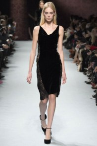 nina-ricci-fall-winter-2014-show40