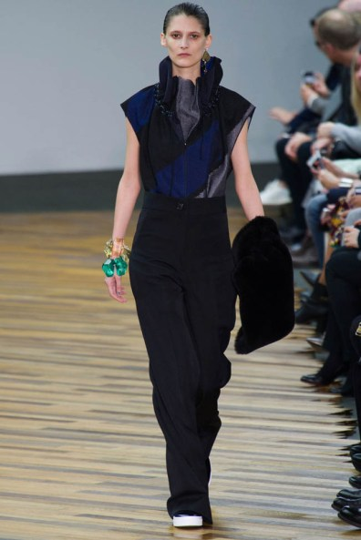 celine-fall-winter-2014-show13