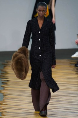celine-fall-winter-2014-show32