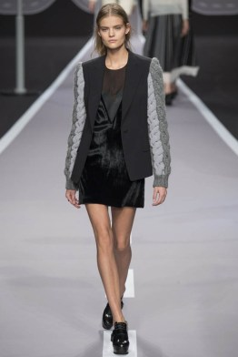 viktor-rolf-fall-winter-2014-show33