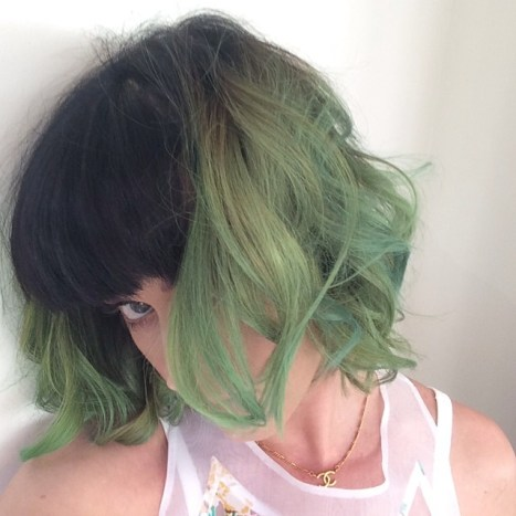 Katy Perry with green hair. Photo: Instagram
