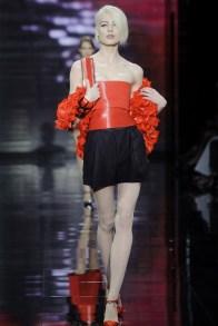 armani-prive-2014-fall-haute-couture-show37