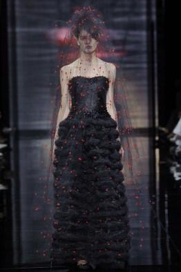 armani-prive-2014-fall-haute-couture-show57