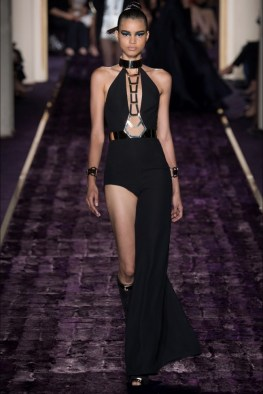 atelier-versace-2014-fall-haute-couture-show18