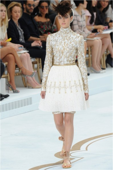 chanel-haute-couture-2014-fall-show39