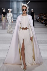 giambattista-valli-fall-2014-haute-couture-show37