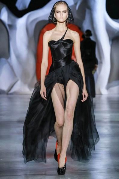 ulyana-sergeenko-2014-fall-haute-couture-show2