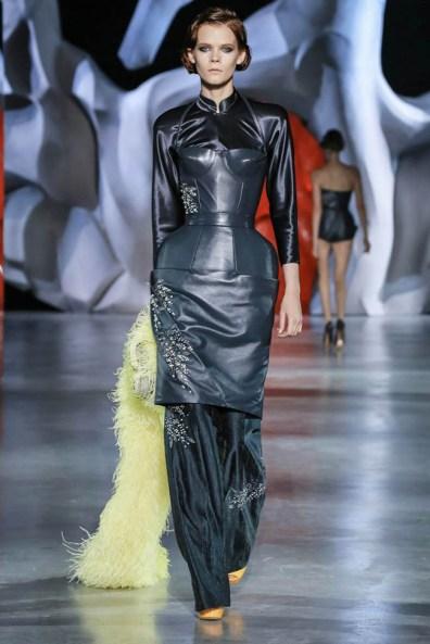 ulyana-sergeenko-2014-fall-haute-couture-show29