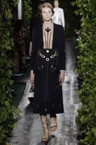 valentino-2014-fall-haute-couture-show14