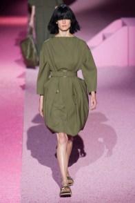 marc-jacobs-2015-spring-summer-runway-show02