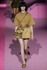 marc-jacobs-2015-spring-summer-runway-show14