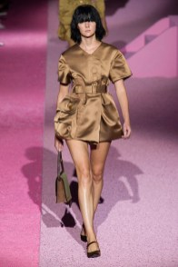 marc-jacobs-2015-spring-summer-runway-show21