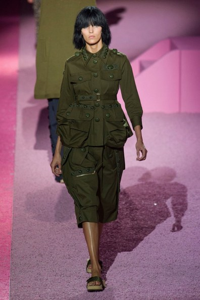marc-jacobs-2015-spring-summer-runway-show25