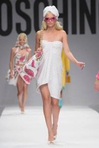 moschino-2015-spring-summer-runway022