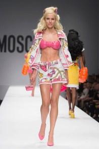 moschino-2015-spring-summer-runway027