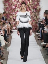oscar-de-la-renta-2015-spring-summer-runway-show27