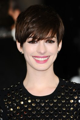 Anne-Hathaway-Short-Hairstyle-Bangs