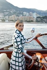 Tereza-Maxova-ELLE-Czech-September-2015-Cover-Editorial07