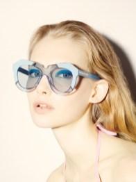 Karen-Walker-Eyewear-Resort-2015-Poolside06