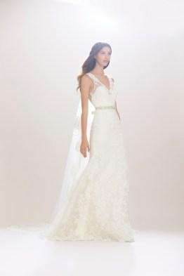 Carolina-Herrera-Bridal-Fall-2016-Wedding-Dresses07