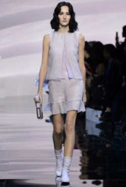Armani-Prive-Spring-2016-Haute-Couture-Runway07
