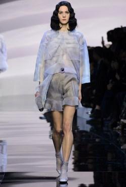 Armani-Prive-Spring-2016-Haute-Couture-Runway09