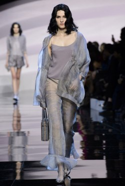 Armani-Prive-Spring-2016-Haute-Couture-Runway14