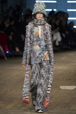 Missoni-2016-Fall-Winter-Runway10