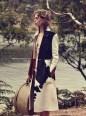 Ondria-Hardin-Vogue-Australia-March-2016-Fashion-Editorial08