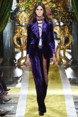 Roberto-Cavalli-2016-Fall-Winter-Runway18