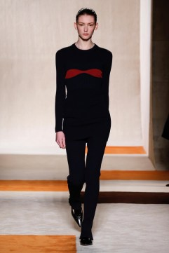 Victoria-Beckham-2016-Fall-Winter-Runway12