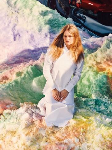 Anna-Ewers-W-Magazine-April-2016-Editorial04