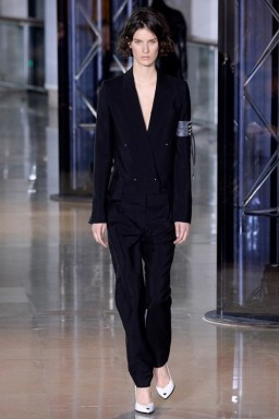 Anthony-Vaccarello-2016-Fall-Winter-Runway08