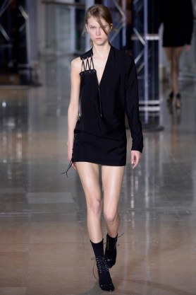 Anthony-Vaccarello-2016-Fall-Winter-Runway31