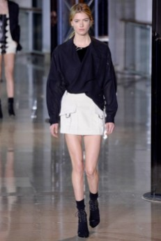 Anthony-Vaccarello-2016-Fall-Winter-Runway35