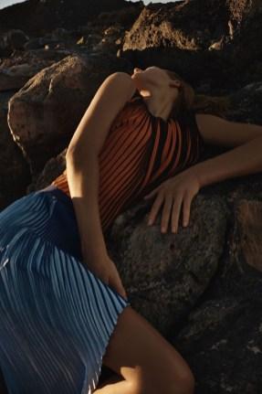 Toni-Garrn-Lexpress-Styles-February-2016-Editorial15
