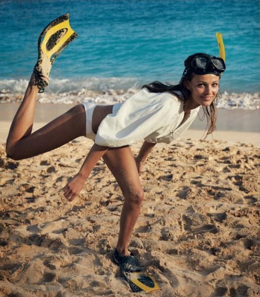 Edita-Vilkeviciute-Beach-WSJ-2016-Editorial02
