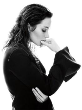 Emily-Blunt-C-Magazine-April-2016-Cover-Photoshoot04