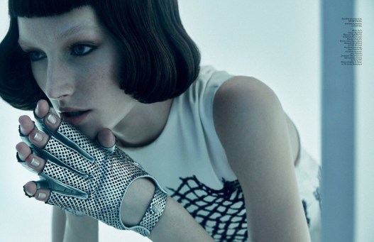 Futuristic-Fashion-Vogue-Ukraine-Editorial16