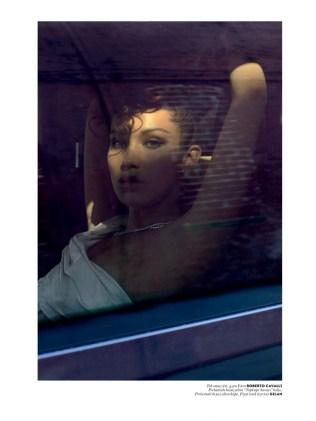 Bella-Hadid-Vogue-Turkey-May-2016-Cover-Photoshoot06