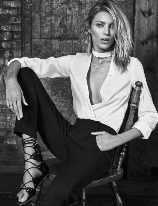 Anja rubik models her new clothing collaboration in elle for Rubik espana