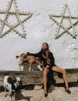 Irina-Shayk-Vogue-Japan-September-2016-Editorial16