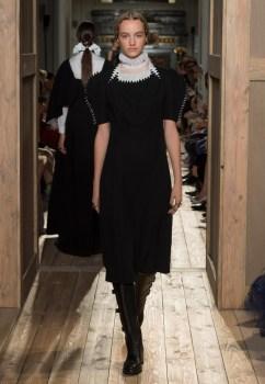 Valentino-Haute-Couture-2016-Fall-Runway-Show13