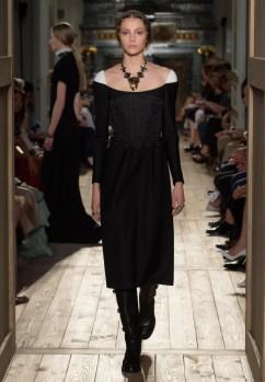 Valentino-Haute-Couture-2016-Fall-Runway-Show22