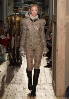 Valentino-Haute-Couture-2016-Fall-Runway-Show41