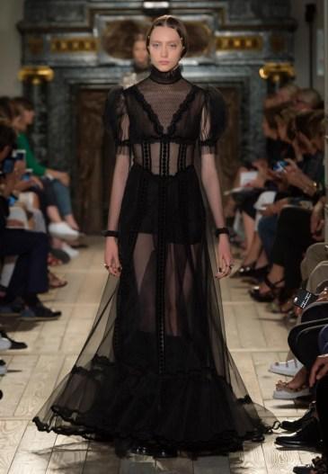 Valentino-Haute-Couture-2016-Fall-Runway-Show50