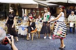dolce-gabbana-spring-2017-behind-scenes