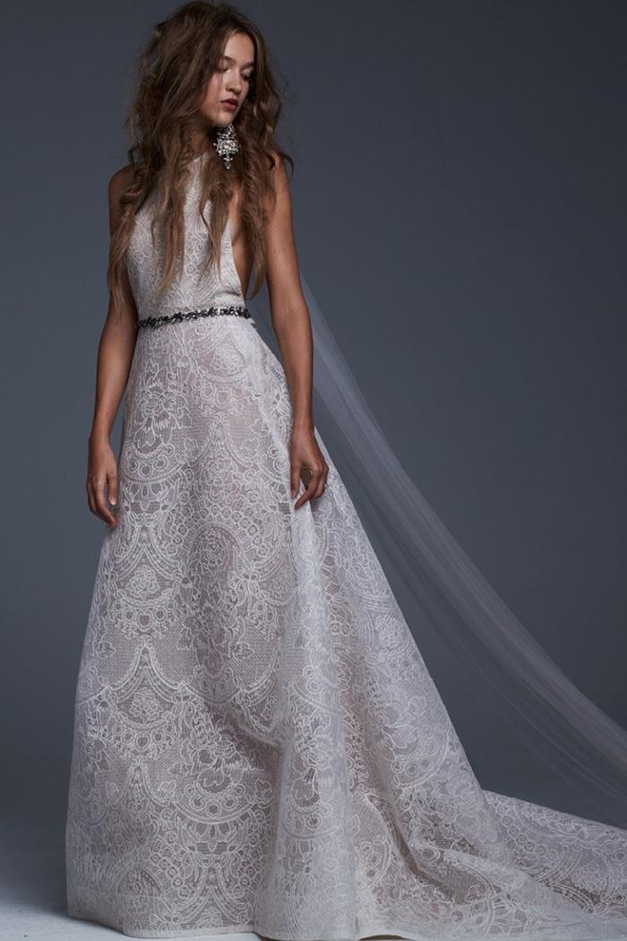 Vera Wang Lace Wedding Dress 97 Popular vera wang bridal fall