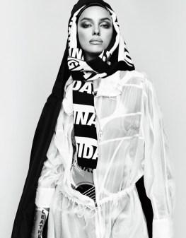 Irina-Shayk-Vogue-Japan-2017-Photoshoot03