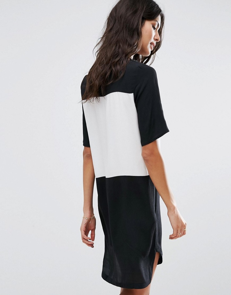 A contrast t-shirt dress from Mango is the perfect wardrobe addition
